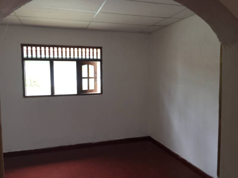 Three Bed Room House for Rent – Makuluduwa