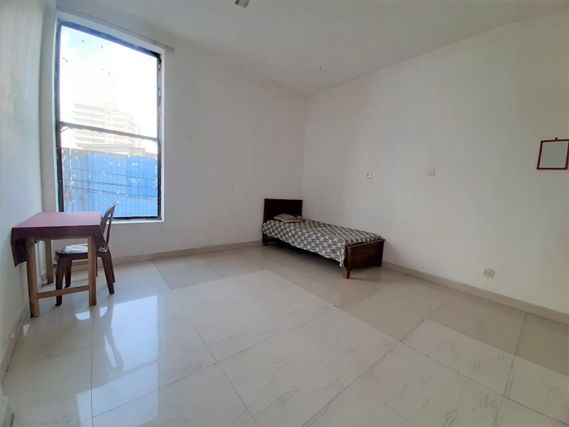Room for rent in Dehiwala ( Males only )